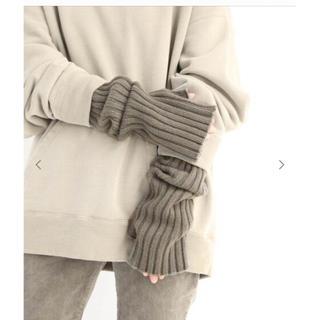 ドゥーズィエムクラス(DEUXIEME CLASSE)のDeuxieme Classe  CARIAGGI アームウォーマー(カーキ)(手袋)