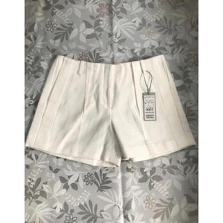 カルバンクライン(Calvin Klein)の ☆ Calvin Klein タグ付き 新品 上品可愛いショートパンツ(ショートパンツ)