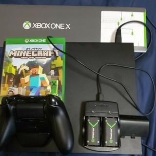エックスボックス(Xbox)のXbox One X  本体 ブラック (HDD 1TBおまけマインクラフト付き(家庭用ゲーム機本体)
