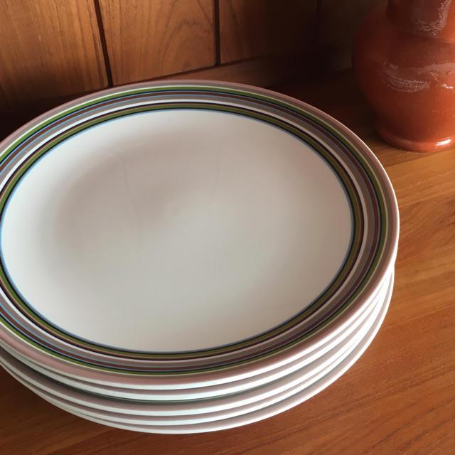 iittala(イッタラ)のイッタラ オリゴ ベージュ 26㎝ プレート 5枚セット インテリア/住まい/日用品のキッチン/食器(食器)の商品写真