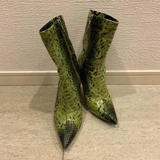 イエローブーツ(Yellow boots)のYELLO (ブーツ)