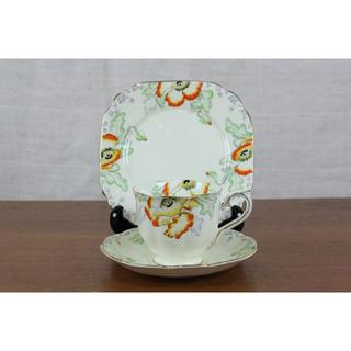 ロイヤルアルバート(ROYAL ALBERT)のロイヤルアルバート ポピー トリオ ティーカップ ケーキ皿 イギリス (食器)