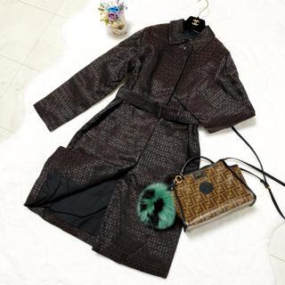 FENDI - 極美品 フェンディ   総刺繍 ズッカ柄 中綿 ダウン ジャケット コート