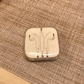 アップル(Apple)のアップル イヤフォン(ヘッドフォン/イヤフォン)