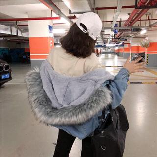 大幅値下げ!韓国 ファーデニムアウター(毛皮/ファーコート)