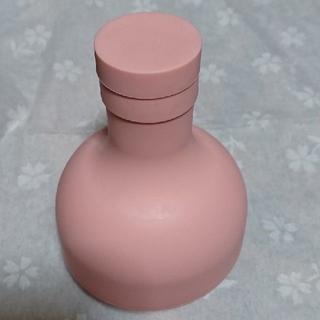 ハリオ(HARIO)のハリオのフィルターインボトル  注ぎ口 フィルター付き  栓のみ ピンク(その他)