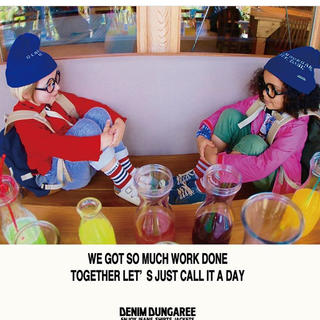 デニムダンガリー(DENIM DUNGAREE)の今季のカタログにも掲載のニット帽新品(帽子)