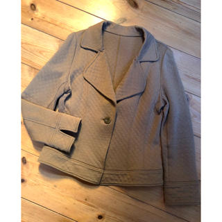 シャルレ(シャルレ)のカットソーソフトジャケットサイズ2ライトブラウン美品(テーラードジャケット)