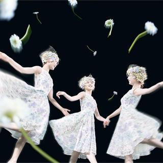 トッカ(TOCCA)の TOCCA GARDEN FLOWER WALTZ ドレス ホワイト 0 宝塚(その他)