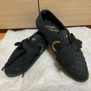 アディダス(adidas)のアディダス  リレースロー キルト(スニーカー)