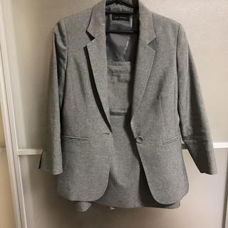 ライトグレー スカートスーツ(スーツ)