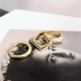 セリーヌ(celine)の3本セット ゴールド 重ね付けリング(リング(指輪))