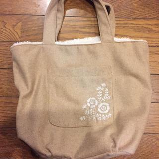 サマンサモスモス(SM2)のsm2  リバーシブルボア刺繍バッグ(ハンドバッグ)