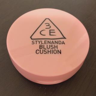 スタイルナンダ(STYLENANDA)のほぼ未使用 3CE スタイルナンダ ブラッシュクッション チーク #ピンク(チーク)