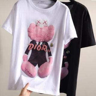 クリスチャンディオール(Christian Dior)のDIOR kaws ピンクエルモ ビジュー付き Tシャツ(Tシャツ(半袖/袖なし))
