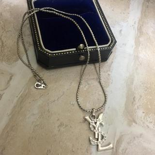 イヴサンローランボーテ(Yves Saint Laurent Beaute)の15日限定最終値下げ価格 美品 イヴサンローラン ネックレス(ネックレス)