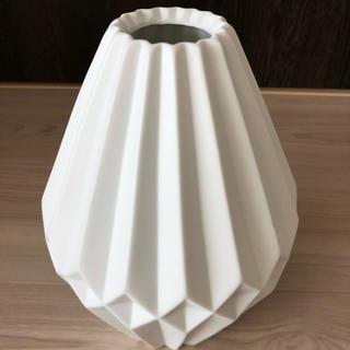 ザラホーム(ZARA HOME)の値下しました!ZARA HOME 花瓶(花瓶)
