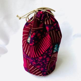 レッドパープル アフリカ布でつくった巾着袋 ポーチ バオバブ神戸(ポーチ)