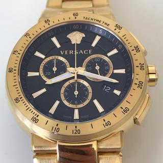 ヴェルサーチ(VERSACE)のヴェルサーチ クロノグラフ ブラック×ゴールド メンズウオッチ 46㎜(腕時計(アナログ))
