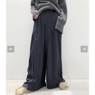 アパルトモンドゥーズィエムクラス(L'Appartement DEUXIEME CLASSE)のPleats Pants(その他)