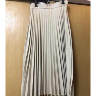 ベルシュカ(Bershka)のレザープリーツスカート(ロングスカート)