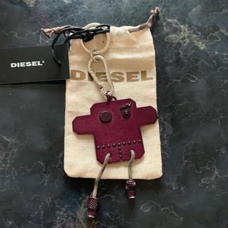 ディーゼル(DIESEL)のDIESEL ロボットモチーフメタルチャーム(キーホルダー)