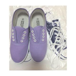 紫 シューズ(スニーカー)