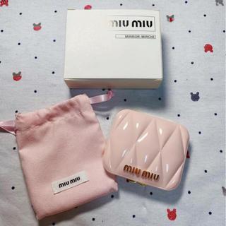 ミュウミュウ(miumiu)のmiumiu  ミュウミュウ 限定ノベルティ ピンクミラー 新品(ミラー)