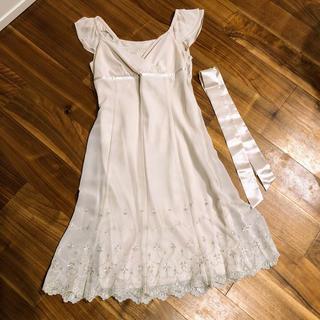 エニィスィス(anySiS)のany sis ドレス(ミディアムドレス)