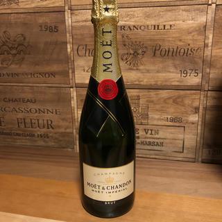 モエエシャンドン(MOËT & CHANDON)のノンノのパパ様専用 モエシャンドン 750ml(シャンパン/スパークリングワイン)