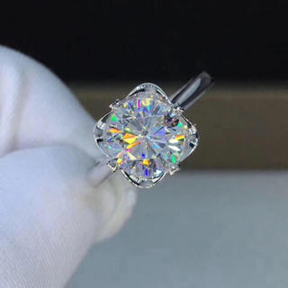 【newデザイン】輝くモアサナイト ダイヤモンド リング(リング(指輪))
