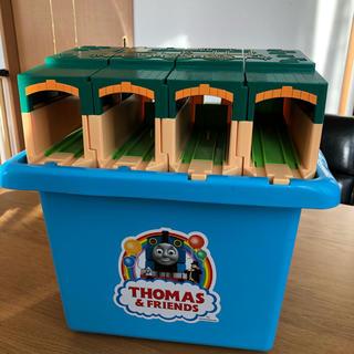 タカラトミー(Takara Tomy)のトーマス 機関庫(電車のおもちゃ/車)