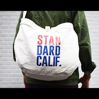 スタンダードカリフォルニア(STANDARD CALIFORNIA)の新品未使用 Newspaper Bag スタンダードカリフォルニア 白(ショルダーバッグ)