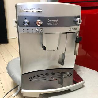 デロンギ(DeLonghi)のデロンギ マグニフィカ 全自動コーヒーメーカー ESAM03110S(コーヒーメーカー)