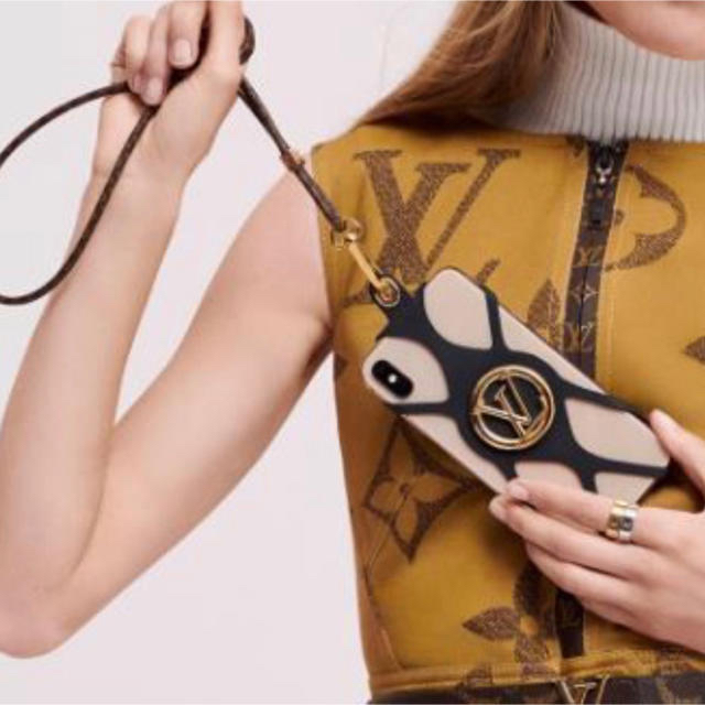 LOUIS VUITTON - 新品未使用 ルイヴィトン LOUIS VUITTON フォンホルダーの通販