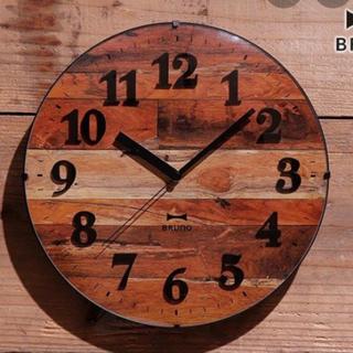 イデアインターナショナル(I.D.E.A international)の【匿名配送】新品 ブルーノ ヴィンテージ ウッドクロック 電波時計 ブラウン(掛時計/柱時計)