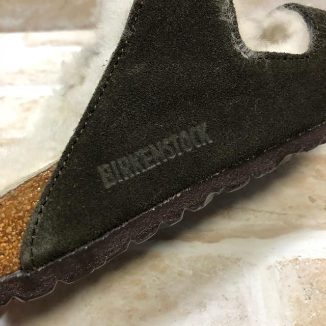 UNITED ARROWS(ユナイテッドアローズ)の未使用 BIRKENSTOCK Arizona Fur モカ 35 サンダル レディースの靴/シューズ(サンダル)の商品写真