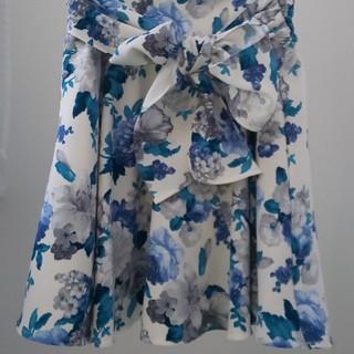 CECIL McBEE - CECIL McBEE  キュロットスカート  花柄 ブルー スカート