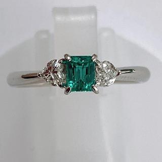 バレンタインセール!エメラルド  ハートシェイプ ダイヤモンドリング pt900(リング(指輪))