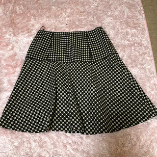 ナチュラルビューティーベーシック(NATURAL BEAUTY BASIC)のフレアースカート(ひざ丈スカート)