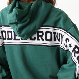 ロデオクラウンズワイドボウル(RODEO CROWNS WIDE BOWL)のロデオクラウンズ👑ロゴニット ドッキング パーカー新品❗️(パーカー)