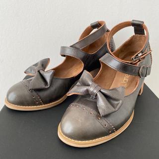 ジェーンマープル(JaneMarple)の※21日迄専用出品 ジェーンマープル本革二連ストラップリボンシューズ(ローファー/革靴)