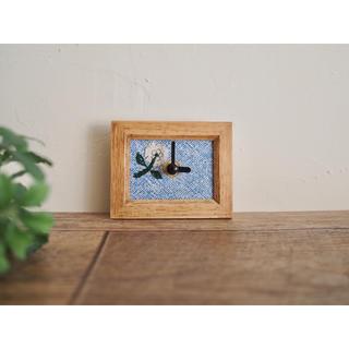 ミナペルホネン(mina perhonen)のミナペルホネン skip ブルー ミニ時計 ハンドメイド(インテリア雑貨)
