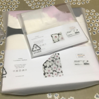 マリメッコ(marimekko)の マリメッコ 布団カバー 枕カバー ウニッコ ホワイト ピンク 廃盤(シーツ/カバー)