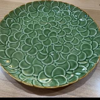 ジェンガラ(Jenggala)のジェンガラ ケラミック グリーン プルメリア 大皿(食器)