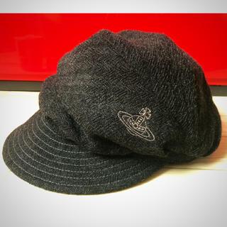 ヴィヴィアンウエストウッド(Vivienne Westwood)のヴィヴィアン  キャスケット 帽子(キャスケット)