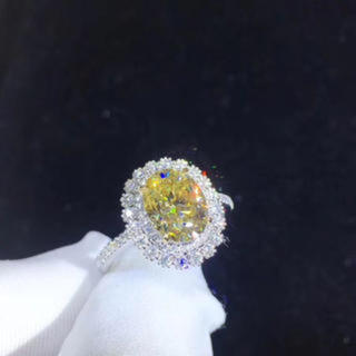 【newデザイン】Fancy Vivid Yellow モアサナイト リング(リング(指輪))