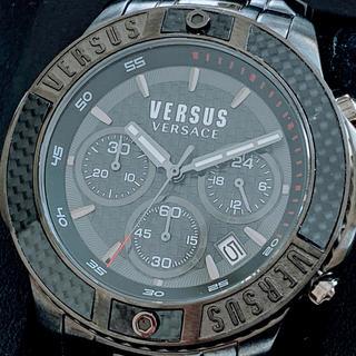 ヴェルサーチ(VERSACE)の◆高級◆ヴェルサーチ  ヴェルサス  ◆クロノグラフ◆オールブラック◆メンズ(腕時計(アナログ))