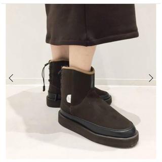 アパルトモンドゥーズィエムクラス(L'Appartement DEUXIEME CLASSE)のSUICOKE ムートンブーツ(ブーツ)
