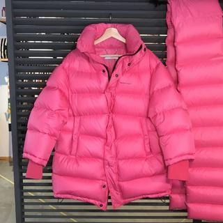 Balenciaga - 新品同様 バレンシアガ ダウンジャケット ピンク アウトスペース パファー